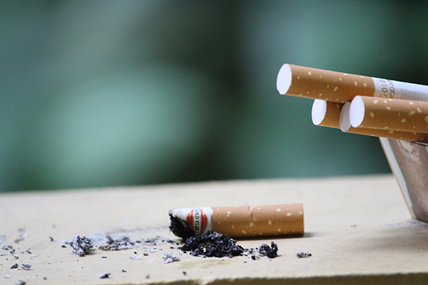 Smoking Effects Your Teeth